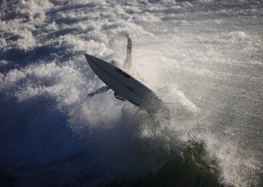 Surfing bournemouth pier