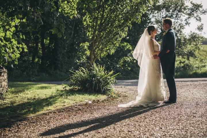 1 jake moore photography kingston country courtyard wedding (74)