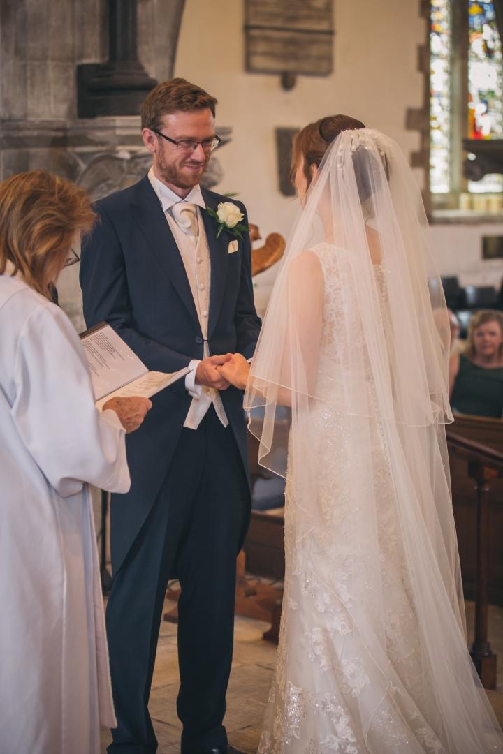 jake moore photography kingston country courtyard wedding (23)