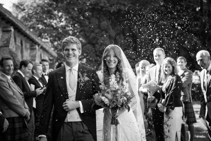 jake moore photography - kingston country courtyard wedding (28)