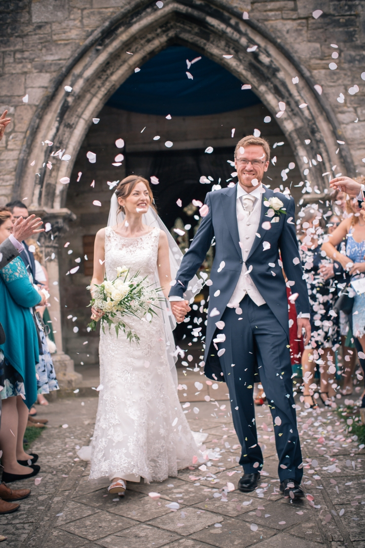 jake moore photography kingston country courtyard wedding (30)