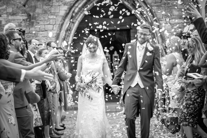 jake moore photography kingston country courtyard wedding (31)