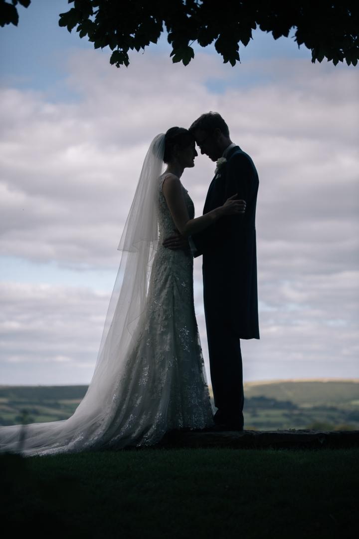 jake moore photography kingston country courtyard wedding (50)