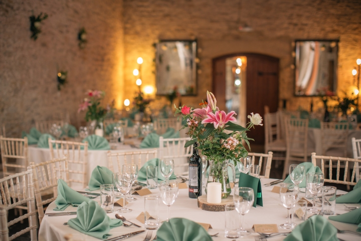 jake moore photography kingston country courtyard wedding (57a)
