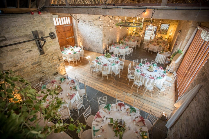 jake moore photography - kingston country courtyard wedding (57a)