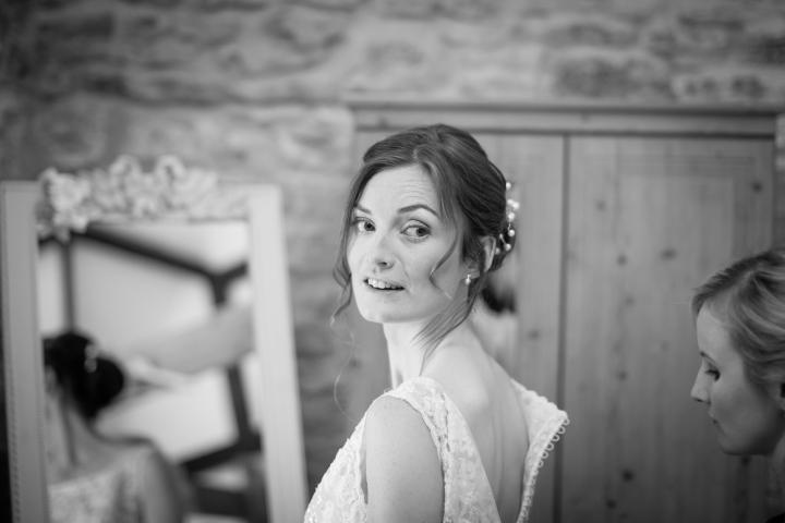 jake moore photography kingston country courtyard wedding (6)