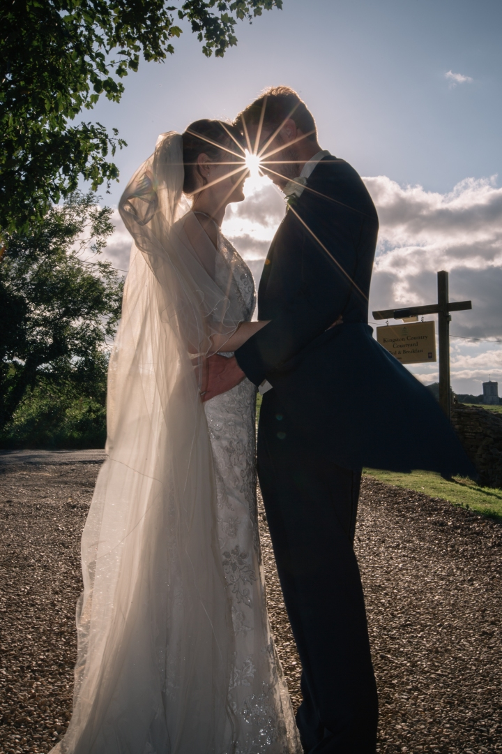 jake moore photography kingston country courtyard wedding (76)