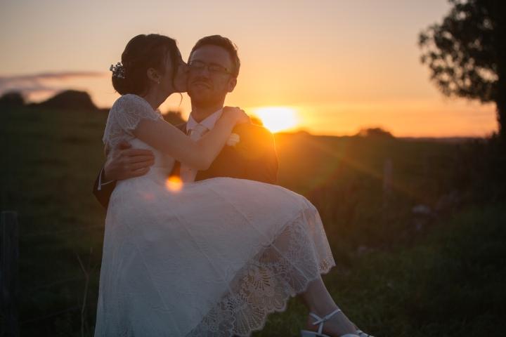 jake moore photography kingston country courtyard wedding (81)
