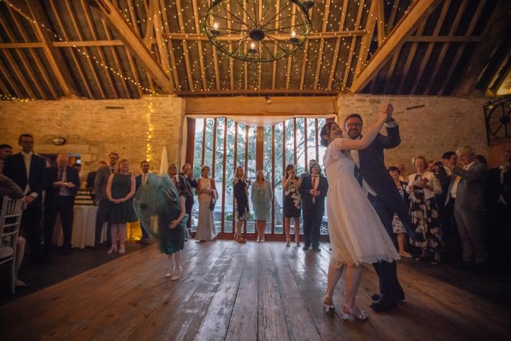 jake moore photography kingston country courtyard wedding (84)